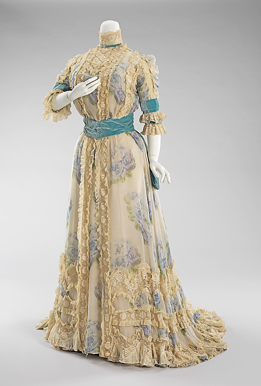 The Reign of the Lingerie Dress, 1900-1910